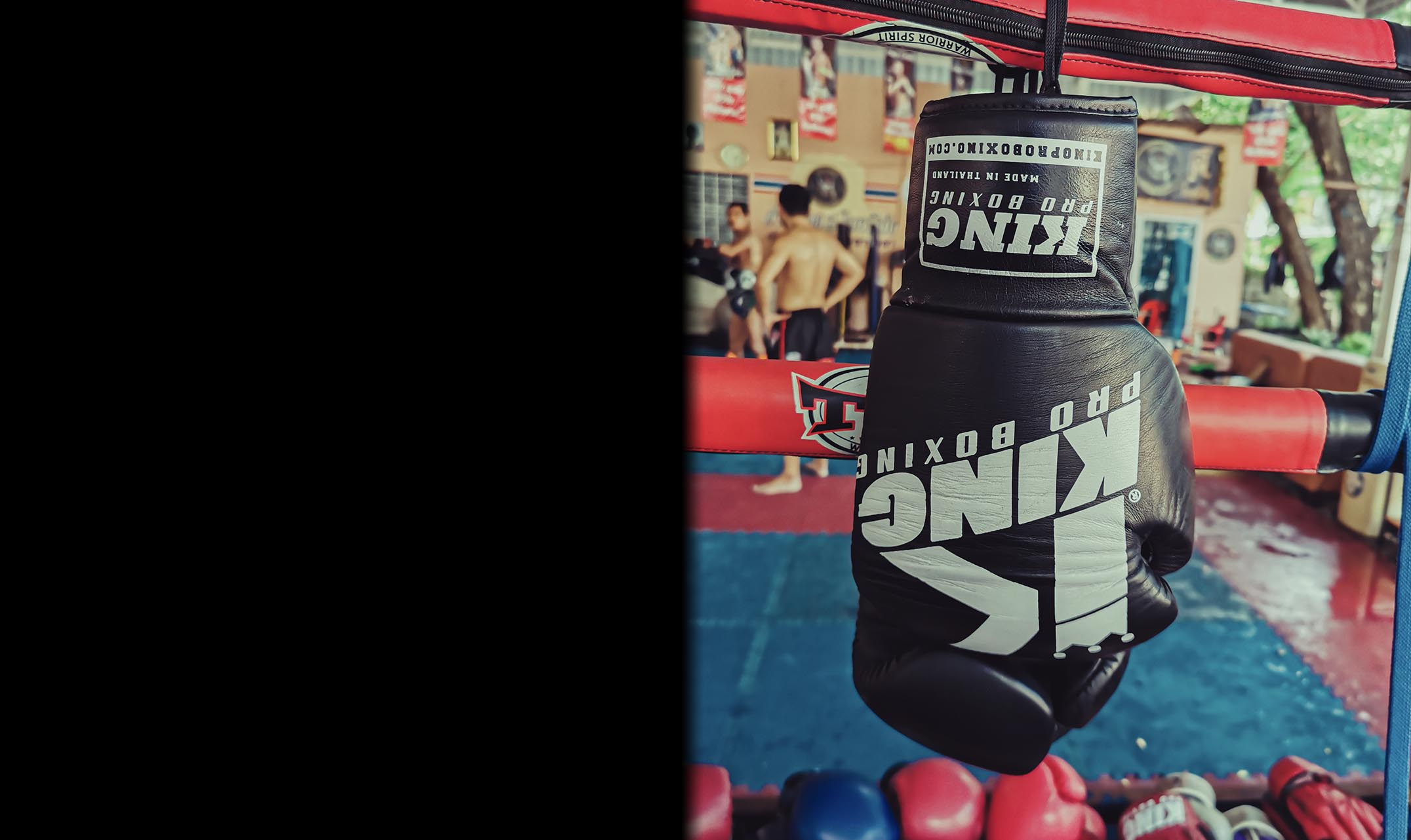 'Old school vs modern Muay Thai gyms'